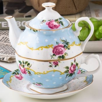 set portelan ceainic si ceasca