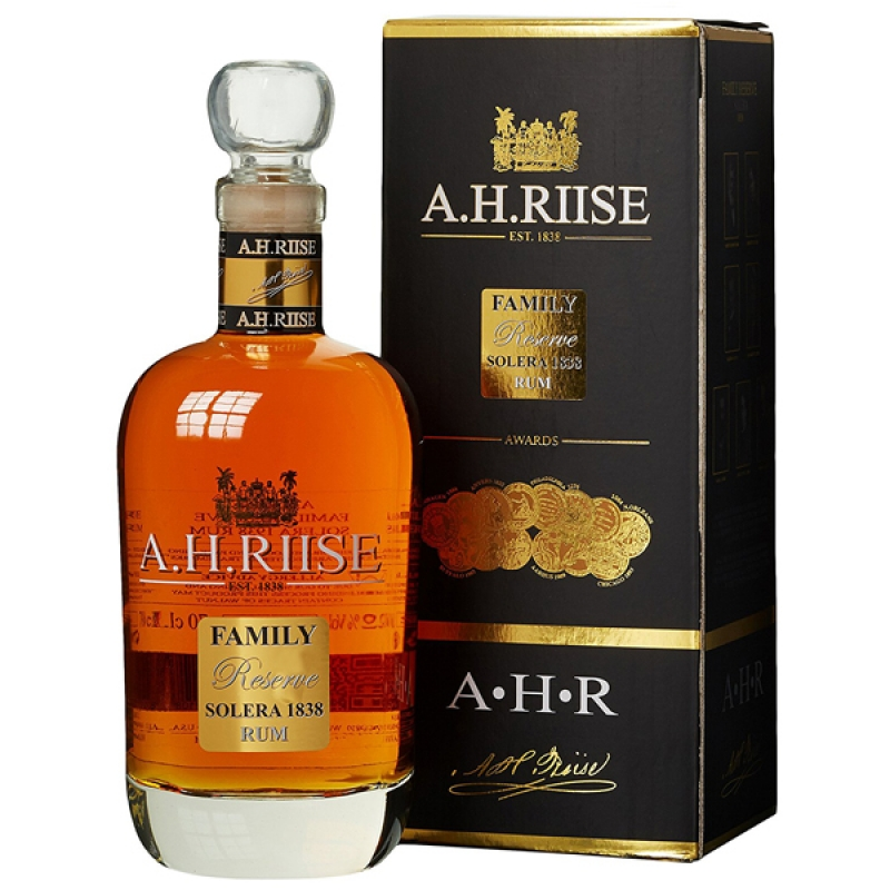 ROM A H RIISE FAMILLY RESERVE 1838 0.7L 0